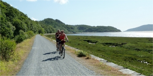 barmouth-mawddach-trail-bikers
